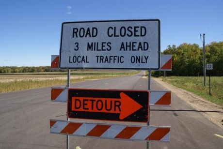 41_15_13-Road-Closed-Detour-Sign_web