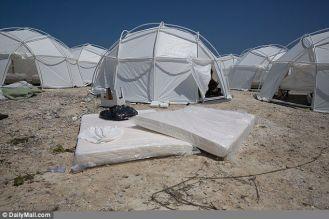5587617bd6907179cfc6afe593f3aa87--fyre-festival-tents